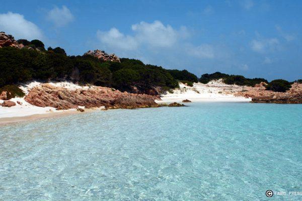 Budelli-island-pink-beach