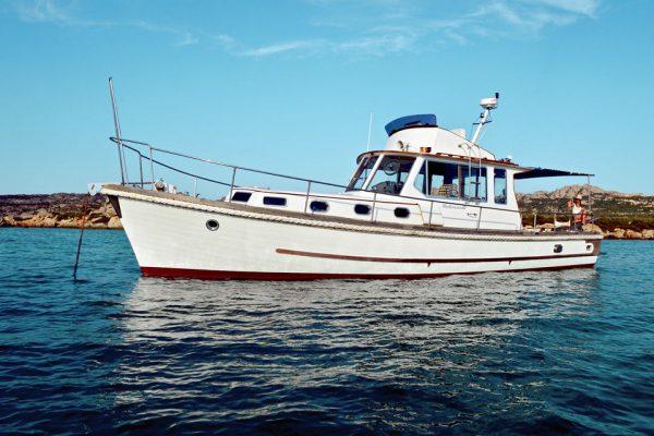 charter-boat-la-maddalena-islands