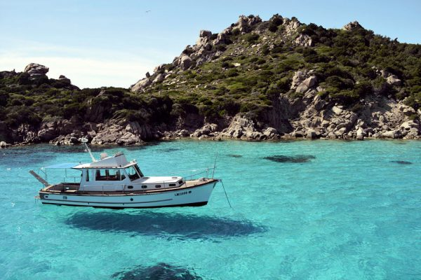 daily-boat-trips-la-maddalena